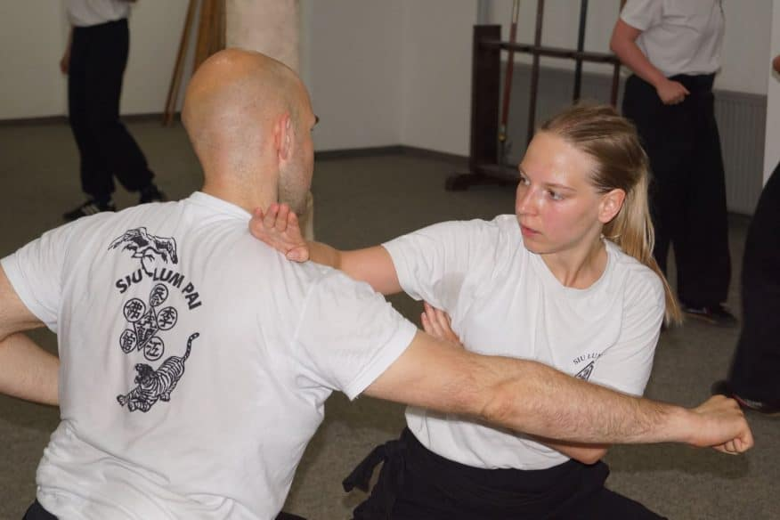 Frauen Kung Fu Training