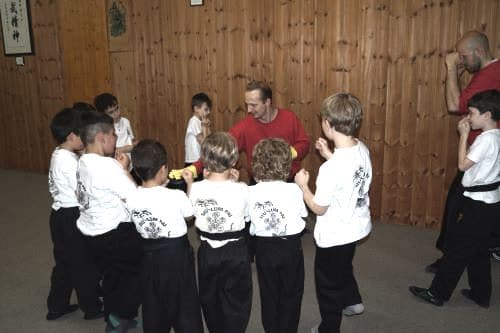 Kinder Kung Fu Training